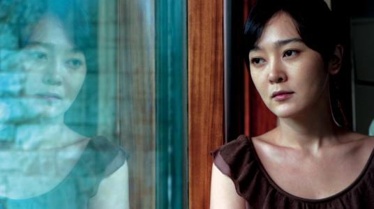 """Kadras iš filmo """"Tušti namai"""" (rež. Kim Ki-duk, 2004)"""