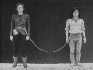 pTehching Hsieh susirises su Linda Montano