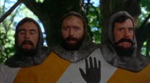 """Kadras iš filmo """"Monty Python ir Šventasis gralis"""". 1975"""