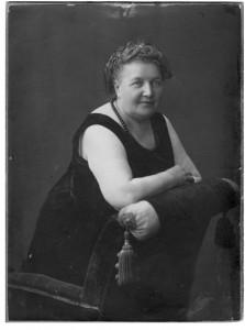 Liudvika Didžiulienė-Žmona. 1924. Iš Antano Baranausko ir Antano Vienuolio-Žukausko memorialinio muziejaus archyvų