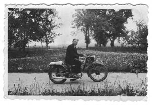 Kunigas Valentas Balčius. Apie 1938 m.