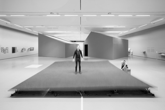 """""""Airtime"""" parodoje """"Miesto gamta"""" Nacionalinėje dailės galerijoje. 2017. Aistės Valiūtės ir Daumanto Plechavičiaus nuotrauka"""