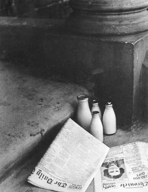 Bill Brandt. Rytiniai laikraščiai. 1936