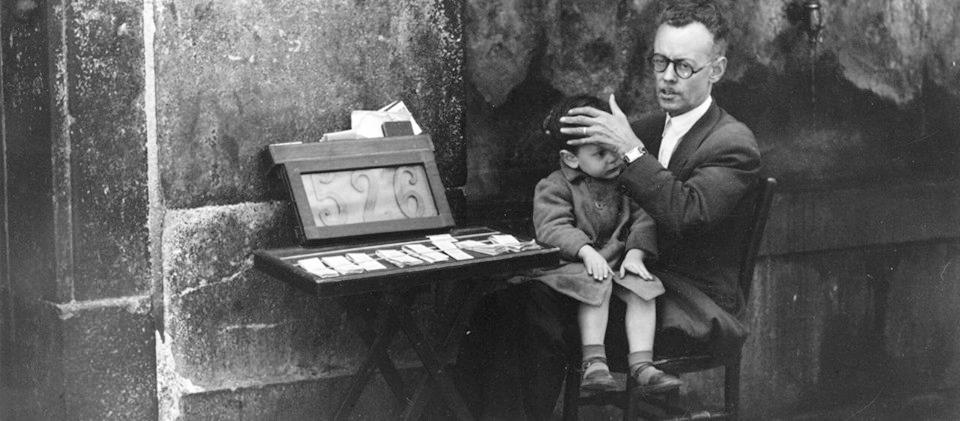 Dirk Alvermann. Aklas pardavėjas. 1957