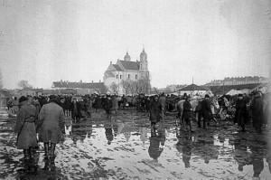 Turgus Lukiškių aikštėje. 1898