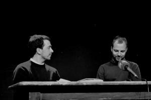 Mindaugas Nastaravičius ir Tomas Vaiseta. Poezijos pavasaris, 2017.   Dainiaus Dirgėlos nuotrauka