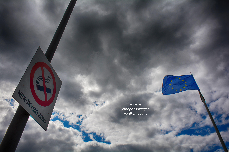 """Dainiaus Dirgėlos fotohaigu """"Nerūkymo zona"""""""